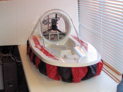 Gemini racing hovercraft by Palaform